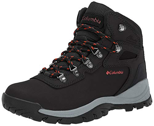 Columbia Women's Newton Ridge Plus-Wide Hiking Boot.